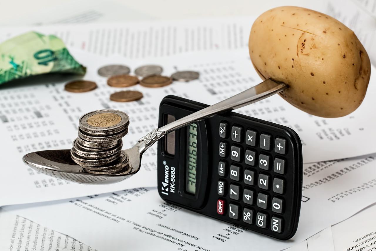 kartoffel balancerer mønter