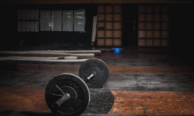 Sådan kan du få råd til nyt gulv som kan tåle sportsudøvelse