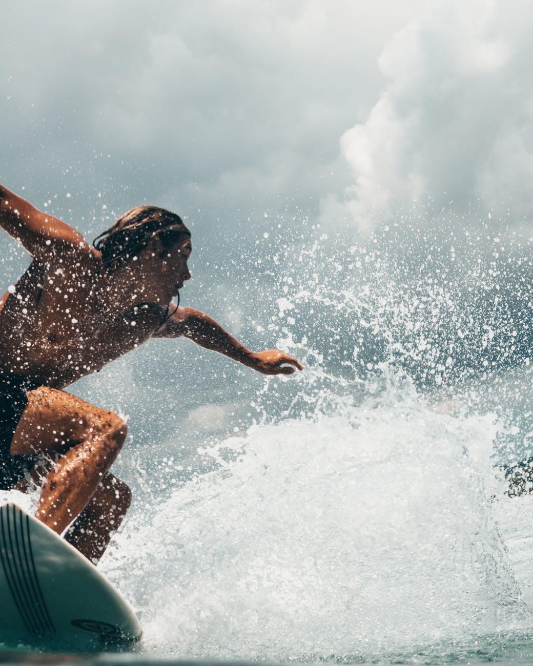 Surf i havet