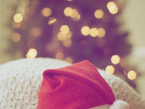 Træn med nissehue i december – udfordr også dine venner